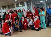 I Babbo Natale in moto in visita al reparto di pediatria